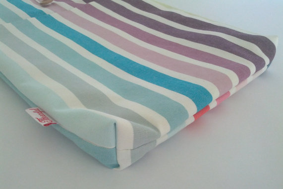 "13"" MacBook Case - Rainbow Stripes"